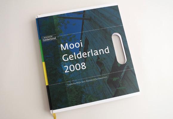 Boek Mooi Gelderland omslag met handvat
